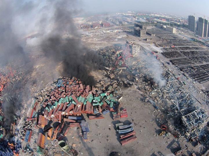 Aumenta a 50 el número de muertos por explosión en China