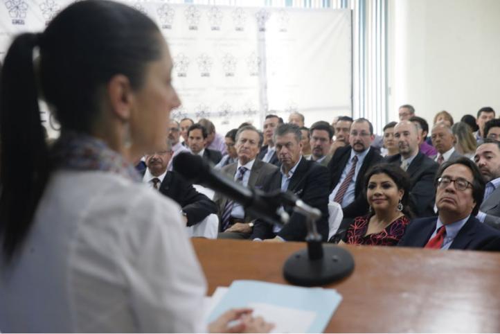 Claudia Sheinbaum se reúne con empresarios de Iztapalapa