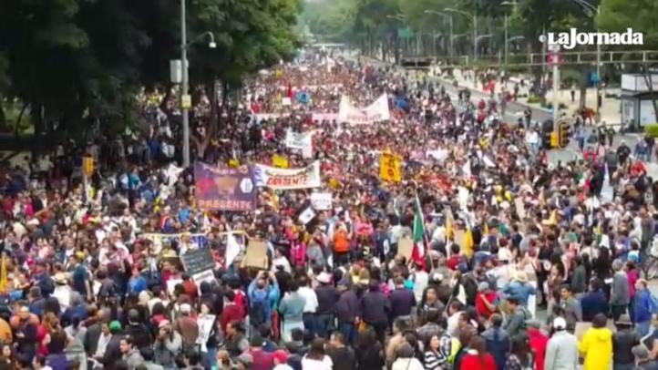 Marchan por los 43, a un año de los hechos en Iguala.