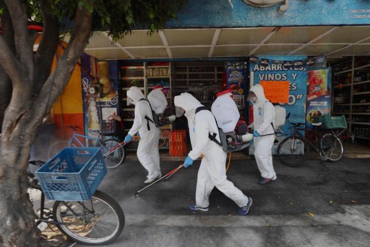 Trabajo de sanitizador, respuesta ante desempleo por Covid-19 en Qro