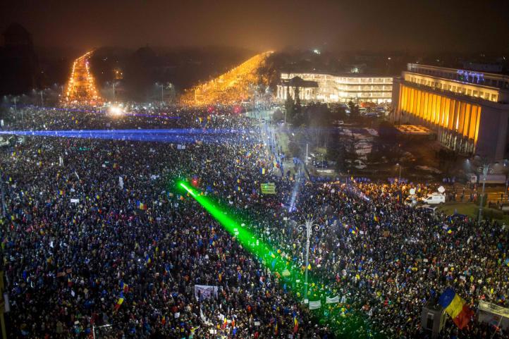 Masivas manifestaciones en Rumania
