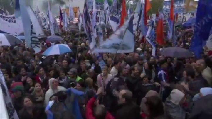 Cristina Fernández asegura ser víctima de una persecución judicial