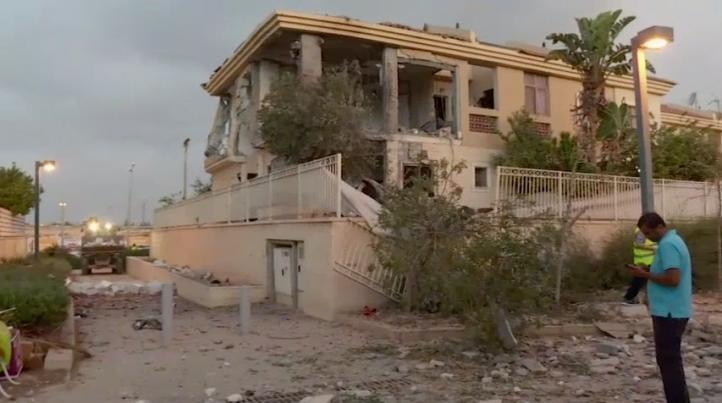 Proyectil lanzado desde Gaza alcanza zona residencial en Israel