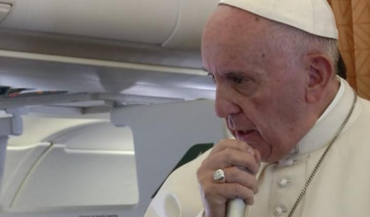 El papa Francisco descartó la ordenación de mujeres