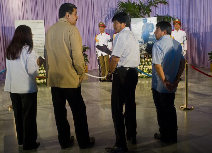 Líderes extranjeros rinden tributo a Fidel Castro