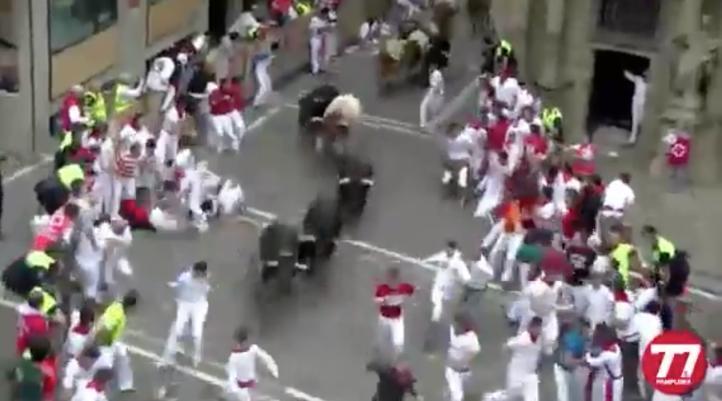 Cinco heridos en el sexto encierro de San Fermín