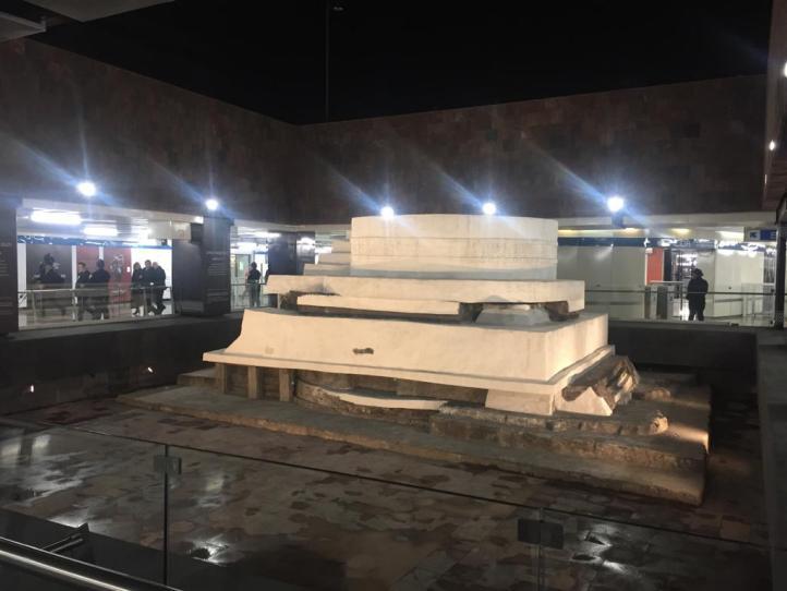 'Video mapping' en el adoratorio de Ehécatl en Pino Suárez