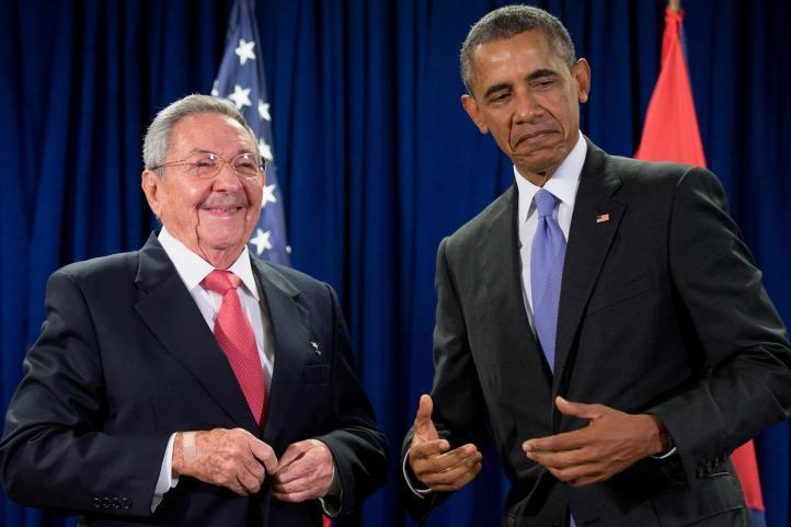 Raúl Castro reclama a Obama levantar el embargo