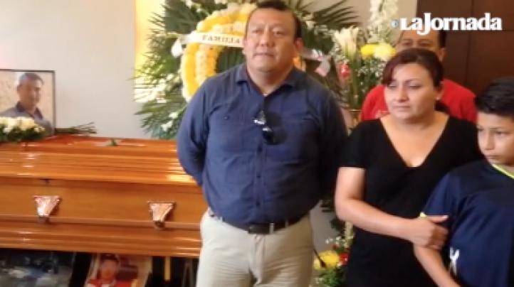 Velan a Fredy Sánchez, bombero que murió en explosión en Coatzacoalcos