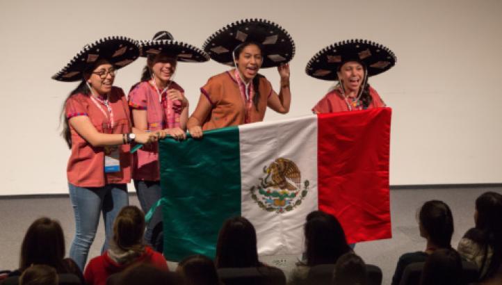 Mexicanas ganan plata y 3 bronces en Olimpiada europea de matemáticas