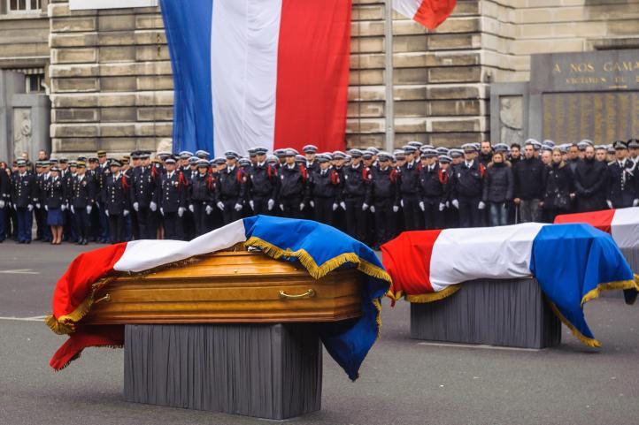 Francia e Israel entierran a víctimas de atentados en París