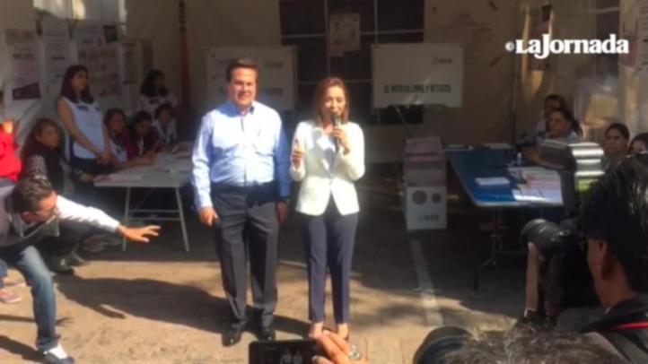 Vota candidata del PAN, Josefina Vázquez Mota