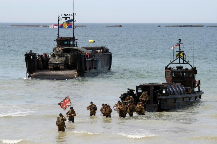 Conmemoran 70 aniversario del desembarco en Normandía