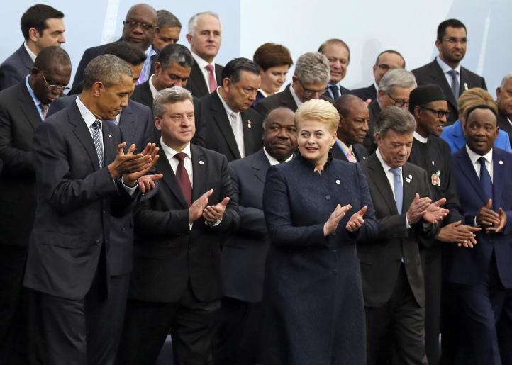 Líderes mundiales buscan en París amplio acuerdo climático