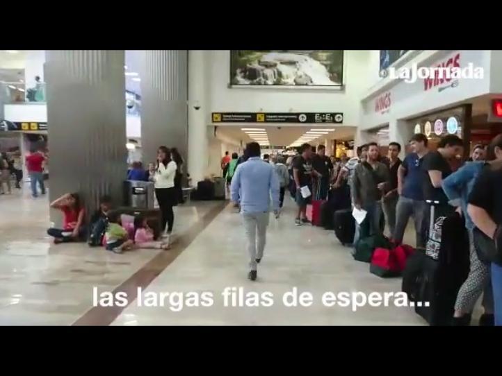 Caos en el AICM por temporada vacacional y desorganización de aerolíneas