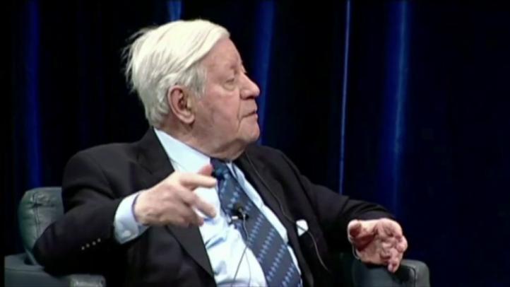 Fallece el ex canciller alemán Helmut Schmidt