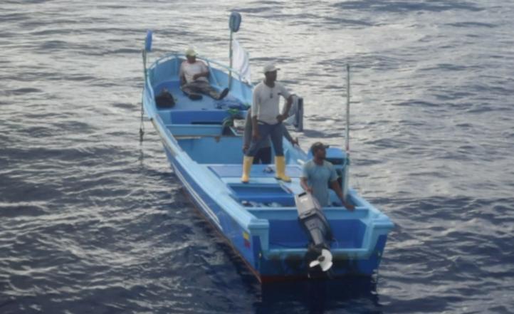 Semar rescata a pescadores de Sudamérica