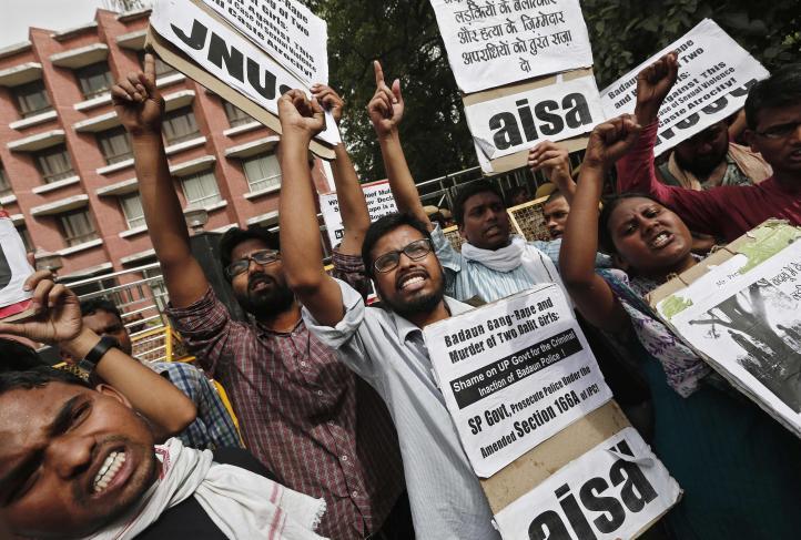 Protestas por violación y asesinato de adolescentes en la India