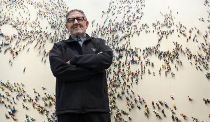 Muere el pintor Juan Genovés, autor de 'El abrazo'