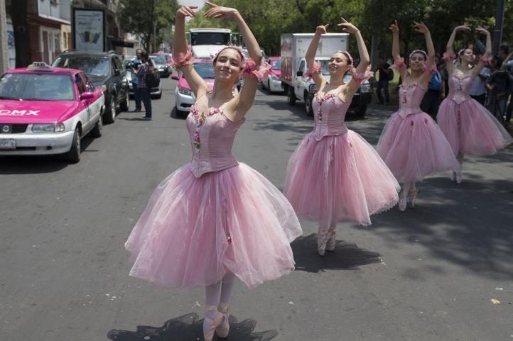Ballet en el semáforo