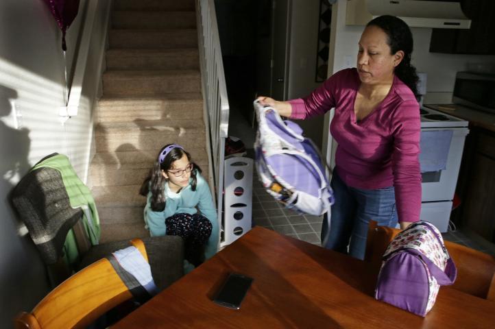EU: Familias esperan fallo de Corte Suprema en caso inmigración