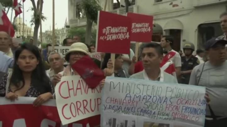 Protestas en Perú para que renuncie fiscal general por caso Odebrecht
