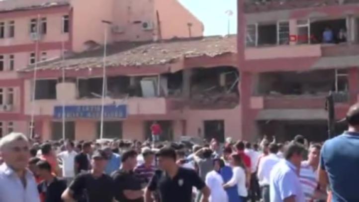 Por lo menos 14 muertos en ataques a fuerzas de seguridad turcas