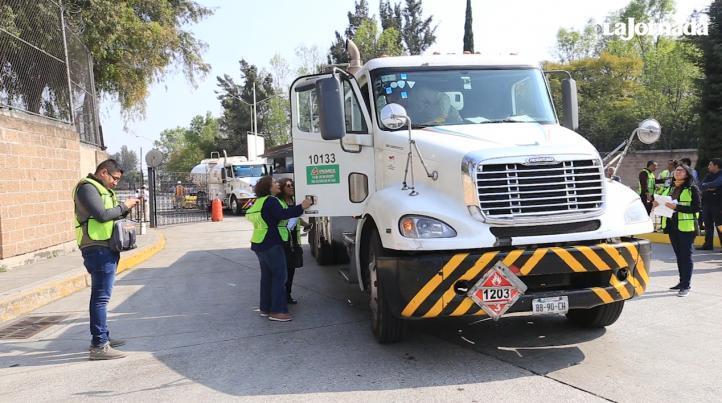 Operativo para supervisar a las pipas que entregan combustible en la CDMX