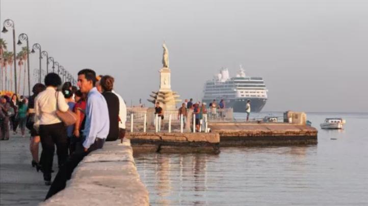 Cubanos preocupados por giro politico de Trump hacia la isla