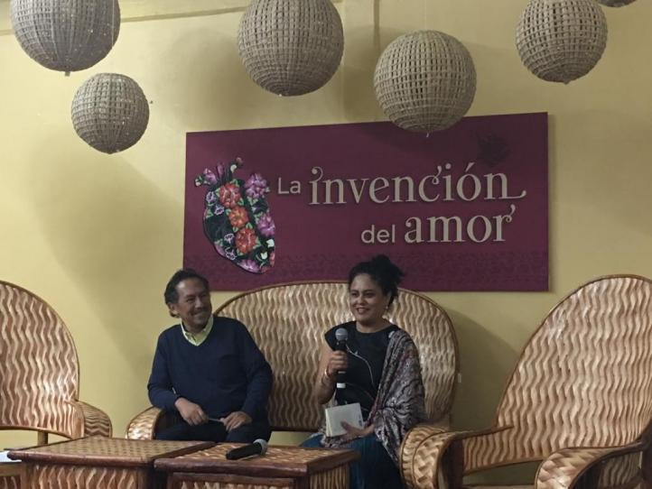 """En zapoteco, """"cuando hablamos estamos dibujando"""": Natalia Toledo"""