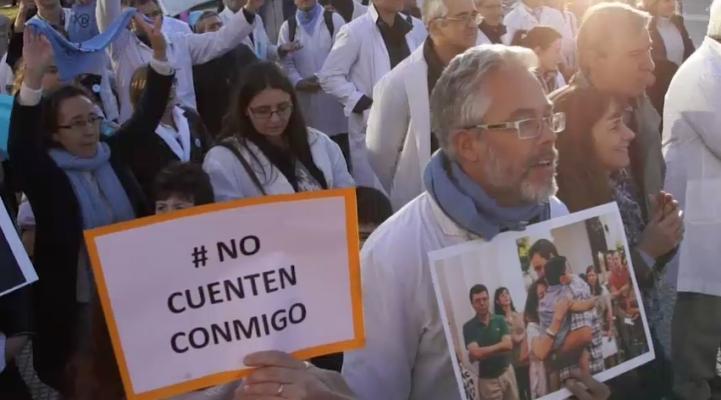 Médicos argentinos, divididos por despenalización del aborto