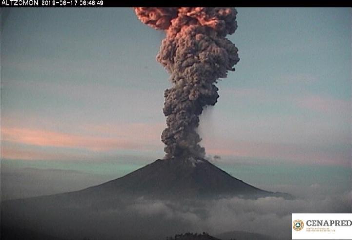 Suman tres explosiones en el Popocatépetl; reportan caída de ceniza