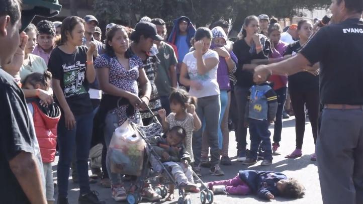 Unos 5 mil migrantes esperan en Tijuana para pedir asilo en EU