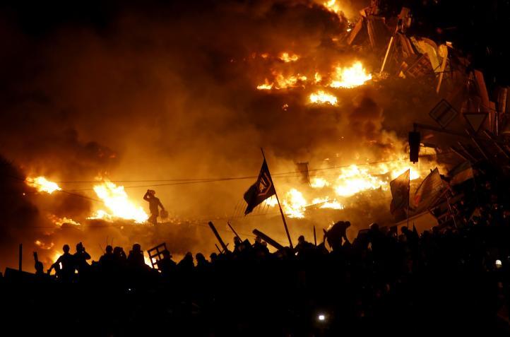 Ucrania: 25 muertos y cientos de heridos
