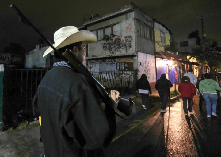 Vecinos de Xochimilco se organizan contra la delincuencia