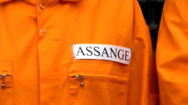 Ministro del Interior británico aprueba extradición de Assange