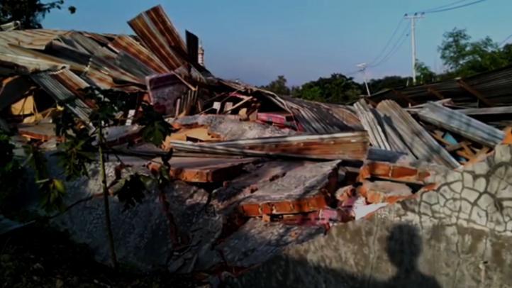 Más de mil 200 muertos por terremotos y tsunami en Indonesia