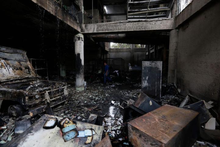 Paramilitares atacan a bomberos que apagaban incendio en Managua