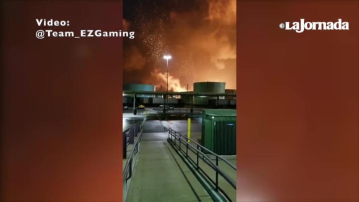 Incendio arrasa refinería en Filadelfia