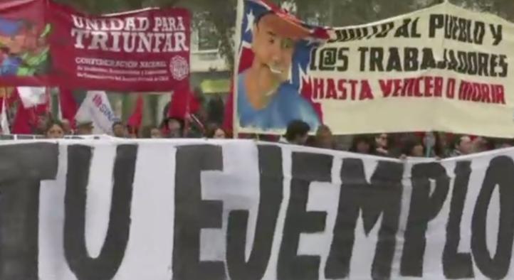Miles de personas marchan por el Día internacional del trabajo