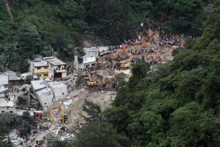 Derrumbe de cerro en Guatemala deja un saldo de más de 100 muertos