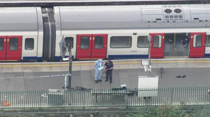 Atentado en el metro de Londres deja 22 heridos