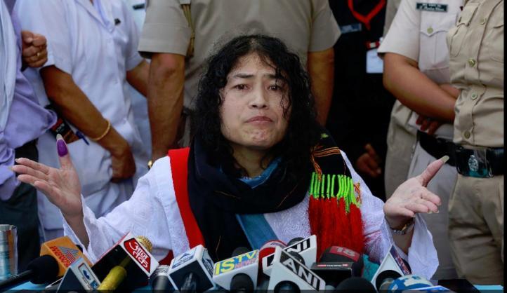 Activista india pone fin a huelga de hambre