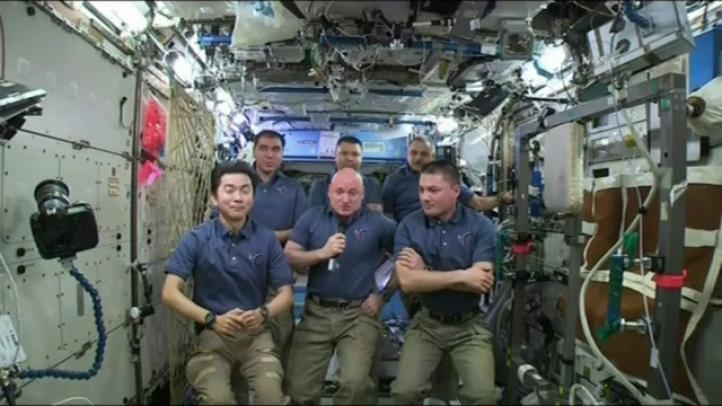 Tres lustros de presencia humana en la ISS