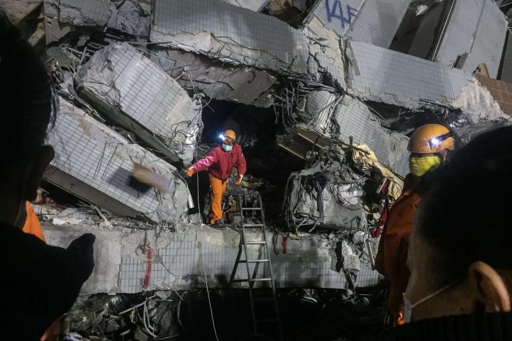 Sobreviviente relata su experiencia en derrumbe de Taiwán