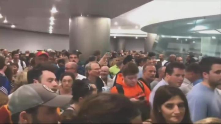 Falla informática causa retrasos en varios aeropuertos de EU