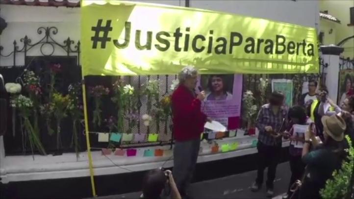 Exigen esclarecer el asesinato de Berta Cáceres
