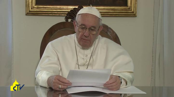 """El papa Francisco: """"Deseo ir como misionero de la misericordia y de la paz"""""""
