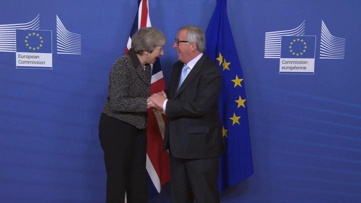 May alerta daños si hay un segundo referéndum sobre Brexit