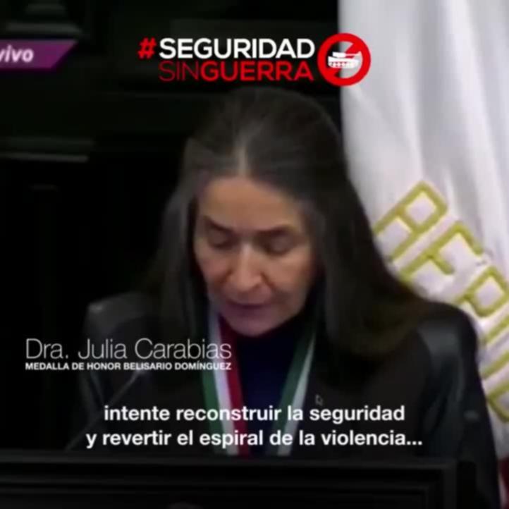 Julia Carabias llama a abrir un debate sobre Ley de Seguridad Interior, en entrega de medalla Belisario Domínguez